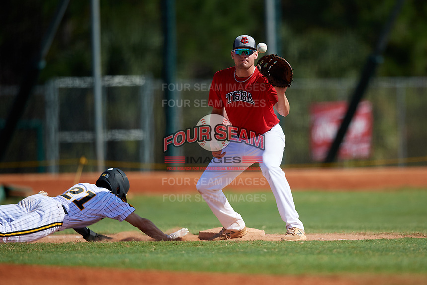 Ben Brantley during the WWBA World Championship at the Roger Dean Complex on October 21, 2018 in Jupiter, Florida.  Ben Brantley is a first baseman from Hernando, Mississippi who attends Hernando High School and is committed to Louisiana Tech.  (Mike Janes/Four Seam Images)