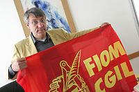 Roma 01/09/2010 Maurizio Landini, neo segretario della Fiom/Cgil nel suo studio prima di una conferenza stampa.<br /> Photo Zucchi Insidefoto