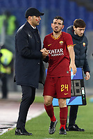 Football, Serie A: AS Roma - Brescia FC, Olympic stadium, Rome, November 24, 2019. <br /> Roma's Alessandro Florenzi (l) greets his coach Paulo Fonseca (r) as he leaves the pitch during the Italian Serie A football match between Roma and Brescia at Olympic stadium in Rome, on November 24, 2019. <br /> UPDATE IMAGES PRESS/Isabella Bonotto