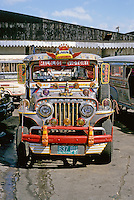 Philippines: Manila--Jeepney. Photo '82.