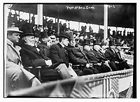 Taft<br /> at ball game (date unknown)<br /> <br /> William Howard Taft was the 27th president of the United States (March 4, 1909 – March 4, 1913) and the tenth chief justice of the United States, the only person to have held both offices<br /> <br /> Photo  : Bain News Service.  via Agence Quebec Presse