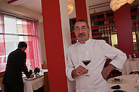 Europe/France/Pays de la Loire/49/Maine-et-Loire/ Angers: Gérard Bossé - Restaurant: Une Ile, 9 rue Max Richard [Non destiné à un usage publicitaire - Not intended for an advertising use]