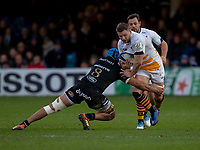 Wasps' Thomas Young is tackled by Bath Rugby's Zach Mercer<br /> <br /> Photographer Bob Bradford/CameraSport<br /> <br /> European Rugby Heineken Champions Cup Pool 1 - Bath Rugby v Wasps - Saturday 12th January 2019 - The Recreation Ground - Bath<br /> <br /> World Copyright © 2019 CameraSport. All rights reserved. 43 Linden Ave. Countesthorpe. Leicester. England. LE8 5PG - Tel: +44 (0) 116 277 4147 - admin@camerasport.com - www.camerasport.com