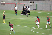 São Paulo (SP), 14/09/2020 - Portuguesa - XV de Piracicaba - Jogadores do XV de Piracicaba comemora gol. Partida entre Portuguesa e XV de Piracicaba válida pela semifinais do Paulistão A2, no Estádio do Canindé, em São Paulo, capital, nesta segunda-feira (14).