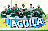 CALI - COLOMBIA -07-08-2016: Los jugadores de Deportivo Cali, posan para una foto, durante partido entre Deportivo Cali y Deportivo Independiente Medellin, por la fecha 7 de la Liga Aguila II-2016, jugado en el estadio Deportivo Cali (Palmaseca) de la ciudad de Cali. / The players of Deportivo Cali, pose for a photo, during a match between Deportivo Cali and Deportivo Independiente Medellin, for the date 7 for the Liga Aguila II-2016 at the Deportivo Cali (Palmaseca) stadium in Cali city. Photo: VizzorImage  / Nelson Rios / Cont.