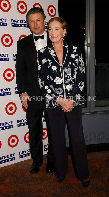 WWW.ACEPIXS.COM . . . . . ....NEW YORK, MARCH 6, 2006....Alec Baldmin and Julie Andrews at the Bay Street Theatre's 15th Anniversary Gala.....Please byline: KRISTIN CALLAHAN - ACEPIXS.COM.. . . . . . ..Ace Pictures, Inc:  ..Philip Vaughan (212) 243-8787 or (646) 679 0430..e-mail: info@acepixs.com..web: http://www.acepixs.com
