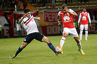 BOGOTA -COLOMBIA, 22-09-2016. Acción de juego entre el Independiente Santa Fe de Colombia y Cerro Porteño del Paraguay  durante encuentro  por la Copa Sudamericana 2016 , disputado en el estadio Metropolitano de Techo./ Action game betweewn Independiente Santa Fe of Colombia and Cerro Porteno of Paraguay   during match for the Sudamericana Cup 2016 played at Metropolitano de Techo stadium . Photo:VizzorImage / Felipe Caicedo  / Staff