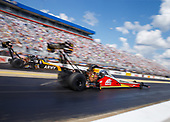 NHRA Mello Yello Drag Racing Series<br /> NHRA Carolina Nationals<br /> zMAX Dragway, Concord, NC USA<br /> Sunday 16 September 2017 Doug Kalitta, Mac Tools, top fuel dragster<br /> <br /> World Copyright: Mark Rebilas<br /> Rebilas Photo