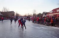 SCHAATSEN: FRANEKER: FRIESE ELFSTEDENTOCHT: zaterdag 4 januari 1997, Blikvaart, vijftiende Elfstedentocht, ©foto Martin de Jong