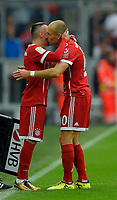 16.09.2017,  Football 1.Liga 2017/2018, 4. match day, FC Bayern Muenchen - 1.FSV Mainz 05, in Allianz-Arena Muenchen. Arjen Robben (re, FC Bayern Muenchen)  and Franck Ribery (FC Bayern Muenchen) kuessen sich. *** Local Caption *** © pixathlon<br /> <br /> +++ NED + SUI out !!! +++<br /> Contact: +49-40-22 63 02 60 , info@pixathlon.de