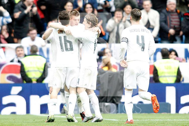 Real Madrid's Mateo Kovacic, Toni Kroos, Luka Modric and Sergio Ramos celebrate goal during La Liga match. February 13,2016. (ALTERPHOTOS/Acero)
