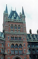 London: St. Pancras--cleaned.  Photo '82.