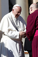 Papa Francesco saluta alcuni prelati al termine dell'udienza generale del mercoledi' in Piazza San Pietro, Citta' del Vaticano, 8 novembre, 2017.<br /> Pope Francis greets some prelates at the end of his weekly general audience in St. Peter's Square at the Vatican, on November 8, 2017.<br /> UPDATE IMAGES PRESS/IsabellaBonotto<br /> <br /> STRICTLY ONLY FOR EDITORIAL USE