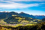 Italien, Suedtirol (Trentino - Alto Adige): Blick von der Furkelpass-Strasse auf Mitterolang und Oberolang | Italy, South Tyrol ( Trentino - Alto Adige): view from Furkel Pass Road towards Valdaora