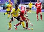 The Hague, Netherlands, June 05: England Tim Whiteman #21 dribbles the ball during the field hockey group match (Men - Group A) between Malaysia and England on June 5, 2014 during the World Cup 2014 at Kyocera Stadium in The Hague, Netherlands. Final score 0-2 (0-1) (Photo by Dirk Markgraf / www.265-images.com) *** Local caption ***