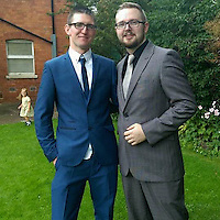 "COPY BY TOM BEDFORD<br /> Pictured: Daniel Bissell (L), image taken from his open facebook account<br /> Re: A man claims he fought off a 'killer clown' who attacked him in a dark alleyway at night.<br /> Daniel Bissell, who lives in Gloucester Road, Malvern, claims he traded punches with the clown before his attacker ran away.<br /> The incident happened in Malvern at 9.30pm on Monday, October 10, amid reports of 'killer clown' encounters across the county.<br /> Mr Bissell said: ""He tried to punch me in the face. I took a step back and swung at him with my right hand.""<br /> The 29-year-old claims the clown ducked his punch and then fled, with the resident chasing after him."