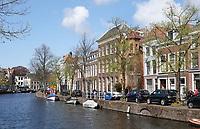 Nederland Leiden 2021.   Rapenburg. Gracht in het centrum van Leiden.    Foto ANP / Hollandse Hoogte / Berlinda van Dam