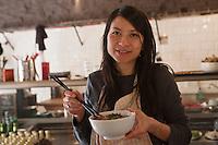 Europe/France/Midi-Pyrénées/31/Haute-Garonne/Toulouse:  Christine Pham du Restaurant: Chez Pham - Cantine Vietnamienne [Non destiné à un usage publicitaire - Not intended for an advertising use]