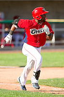 Chevy Clarke (25) of the Orem Owlz hustles down the first base line against the Billings Mustangs at Brent Brown Ballpark on July 22, 2012 in Orem, Utah.  The Mustangs defeated the Owlz 13-8.  (Brian Westerholt/Four Seam Images)