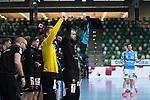 Jubel auf der Bank der Fuechse Berlin beim Spiel in der Handball Bundesliga, Frisch Auf Goeppingen - Fuechse Berlin.<br /> <br /> Foto © PIX-Sportfotos *** Foto ist honorarpflichtig! *** Auf Anfrage in hoeherer Qualitaet/Aufloesung. Belegexemplar erbeten. Veroeffentlichung ausschliesslich fuer journalistisch-publizistische Zwecke. For editorial use only.