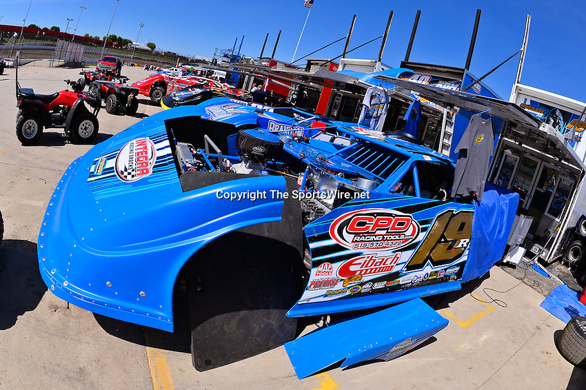Jun 5, 2014; 3:14:45 PM; Rossburg, OH., USA; The 20th annual Dirt Late Model Dream XX in an expanded format for Eldora's $100,000-to-win race includes two nights of double features, 567 laps of action  Mandatory Credit:(thesportswire.net)