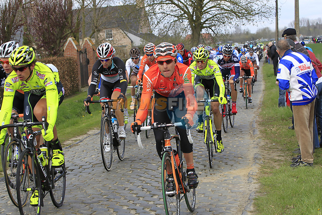 The peloton on the 2nd cobbled section at Doorn during the 96th edition of The Tour of Flanders 2012, running 256.9km from Bruges to Oudenaarde, Belgium. 1st April 2012. <br /> (Photo by Eoin Clarke/NEWSFILE).