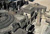 Indien, Ellora Caves (Maharashtra) Kailasa Tempel (Hindu), der Tempel ist aus einem Block in den Felsen geschnitten, Unesco-Weltkulturerbe
