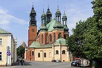 Kathedrale auf der Dominsel in Posnan (Posen), Woiwodschaft Großpolen (Województwo wielkopolskie), Polen Europa<br /> Cathedral in Posnan, Poland, Europe