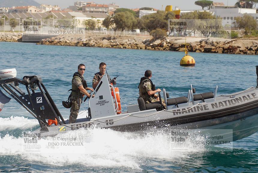 - French  Navy, Toulon naval base, navy commandos.. ..- Marina Militare Francese, base navale di Tolone, incursori di marina