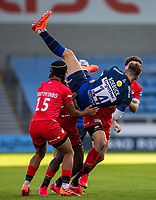 9th September 2020; AJ Bell Stadium, Salford, Lancashire, England; English Premiership Rugby, Sale Sharks versus Sracens; Tom Roebuck of Sale Sharks catches a high ball and falls off balance