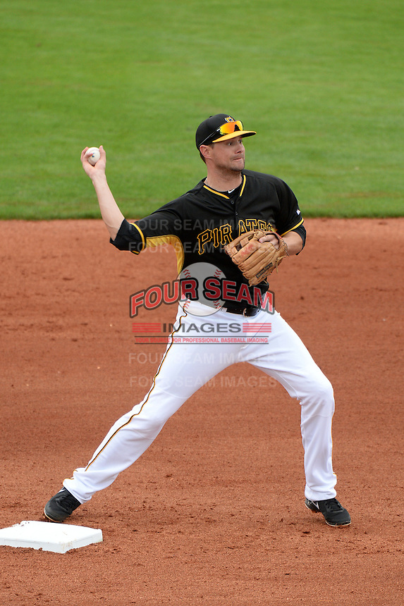 Shortstop Jordy Mercer (10) of the Pittsburgh Pirates during a spring training game against the New York Yankees on February 26, 2014 at McKechnie Field in Bradenton, Florida.  Pittsburgh defeated New York 6-5.  (Mike Janes/Four Seam Images)