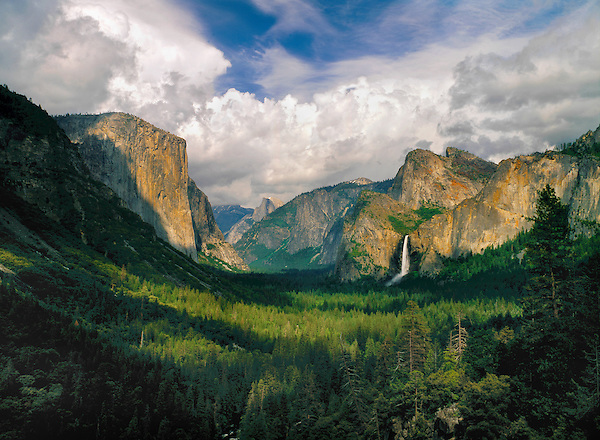 Yosemite Valley, Yosemite National Park, California. .  John offers private photo tours throughout the western USA, especially Colorado. Year-round. John offers private photo tours in Yosemite National Park and throughout California and Colorado. Year-round.