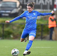 Lorene Martin (6) of KRC Genk in action during a female soccer game between Sporting Charleroi and KRC Genk on the 4 th matchday in play off 2 of the 2020 - 2021 season of Belgian Scooore Womens Super League , friday 30 th of April 2021  in Marcinelle , Belgium . PHOTO SPORTPIX.BE | SPP | Jill Delsaux