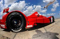 #36 (LMPC) Genoa Racing Oreca FLM09, Andy Wallace, JR Hildebrand & Tom Sutherland