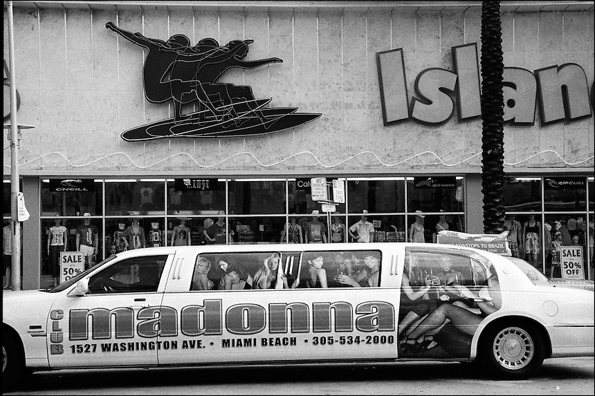 """Limo<br /> from """"Miami in Black and White"""" series.<br /> Miami Beach, Florida, 2010"""