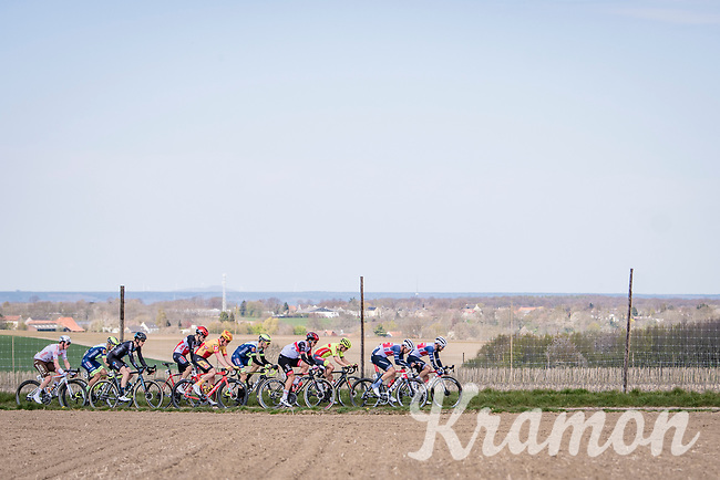 early breakaway group<br /> <br /> 55th Amstel Gold Race 2021 (1.UWT)<br /> 1 day race from Valkenburg to Berg en Terblijt; raced on closed circuit (NED/217km)<br /> <br /> ©kramon