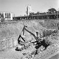 travaux d'excavation-de-la-station-de-metro-crmazie-16-septembre-1963