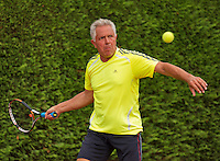 Netherlands, Amstelveen, August 21, 2015, Tennis,  National Veteran Championships, NVK, TV de Kegel, Luis Perez-Nieto <br /> Photo: Tennisimages/Henk Koster