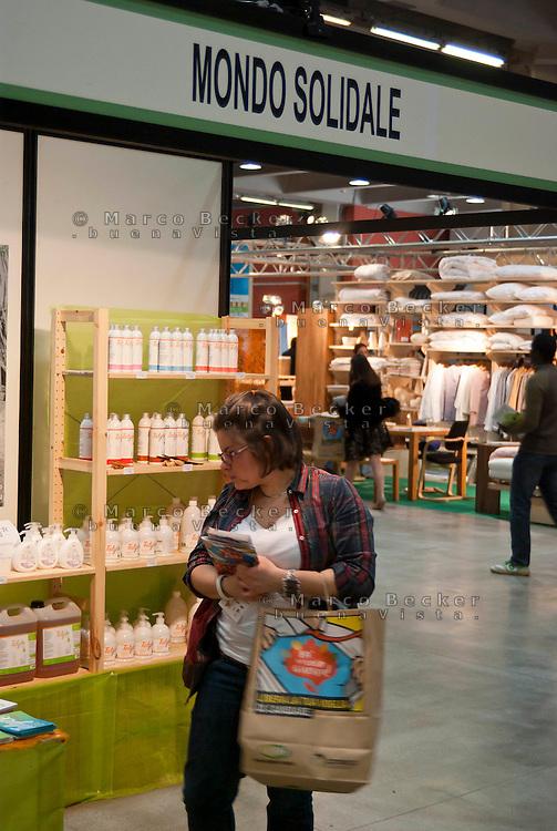 """Milano, """"Fa la cosa giusta"""", fiera nazionale del consumo critico e degli stili di vita sostenibili --- Milan, """"Do the right thing"""", national fair of critical consumption and sustainable styles of life"""
