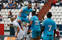 MANIZALES - COLOMBIA, 13-04-2019: Andres F Correa del Once disputa el balón con Delio Ojeda de Jaguares durante partido por la fecha 15 de la Liga Águila I 2019 entre Once Caldas y Jaguares de Córdoba F.C. jugado en el estadio Palogrande de la ciudad de Manizales. / Andres F Correa of Once struggles the ball with Delio Ojeda of Jaguares during match for the date 15 as part of Aguila League I 2019 between Once Caldas and Jaguares de Cordoba F.C. played at Palogrande stadium in Manizales. Photo: VizzorImage / Santiago Osorio / Cont