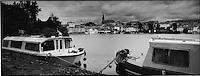 Europe/France/Languedoc-Roussillon/11/Aude/Castelnaudary: Le village et les bateaux