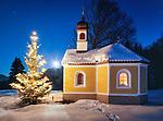 Deutschland, Bayern, Oberbayern, bei Kruen: Kapelle Maria Rast auf den Buckelwiesen | Germany, Upper Bavaria, near Kruen: chapel Maria Rast