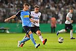 09.08.2019, BWT-Stadion am Hardtwald, Sandhausen, GER, DFB Pokal, 1. Runde, SV Sandhausen vs. Borussia Moenchengladbach, <br /> <br /> DFL REGULATIONS PROHIBIT ANY USE OF PHOTOGRAPHS AS IMAGE SEQUENCES AND/OR QUASI-VIDEO.<br /> <br /> im Bild: Matthias Ginter (Borussia Moenchengladbach #28) gegen Philipp Förster / Foerster / Forster (SV Sandhausen #28)<br /> <br /> Foto © nordphoto / Fabisch