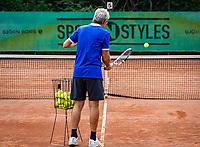 Zandvoort, Netherlands, August 6, 2019, TC Zandvoort, Coach  Hans Schmid (NED) <br /> Photo: Tennisimages/Henk Koster