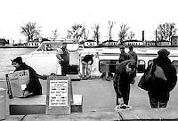 - Delta del Danubio, Sulina. La nave veloce che collega Sulina a Tulcea è l'unico mezzo di trasporto pubblico passeggeri lungo il braccio di Sulina. Il viaggio dura circa quattro ore..- Danube Delta Area, Sulina. The fast ship from Sulina to Tulcea. The only quick mean of carrying for passengers along the Sulina branch. The trip takes about four hours.