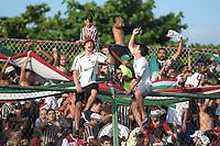 Rio de Janeiro (RJ), 26/01/2020 - Bangu-Fluminense - Torcedores do Fluminense,durante partida contra o Bangu,valida pela 3ª rodada da Taca Guanabara 2020, realizada no Estadio de Moca Bonita,na zona oeste do Rio de Janeiro,neste domingo (26). (Foto: Alexandre Durao/Codigo 19/Codigo 19)