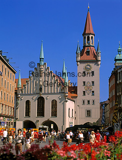 Deutschland, Bayern, Oberbayern, Muenchen: Altes Rathaus am Marienplatz   Germany, Bavaria, Upper Bavaria, Munich: Old Cityhall at Marien Square