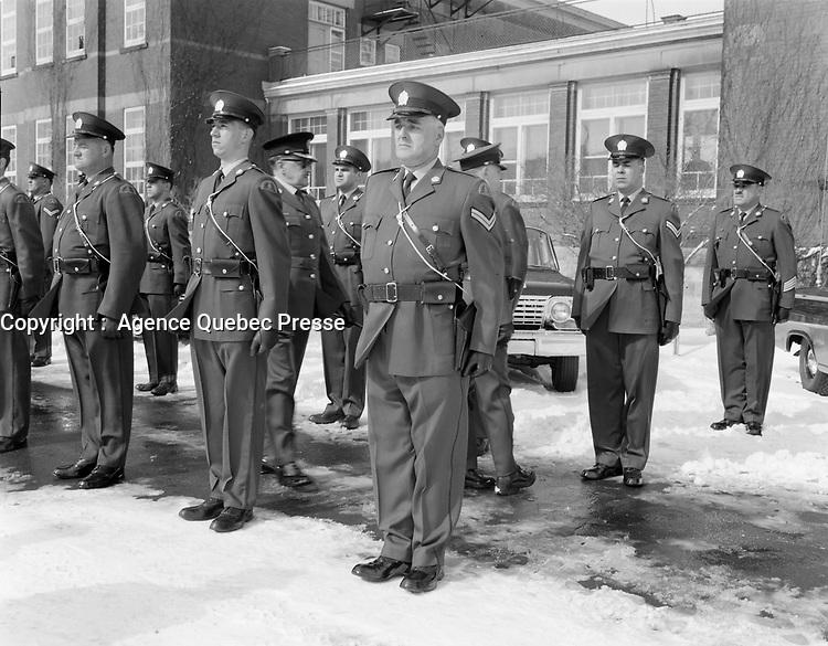 Nouvel uniforme de la surete provinciale, 1968 (date exacte inconnue), Quebec<br /> <br /> PHOTO :  AQP -  Photo Moderne