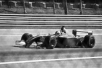 Autodromo di Monza, Gran Premio d'Italia 2001. La monoposto  Ferrari di Rubens Barrichello in gara --- Racetrack of Monza, 2001 Italian Grand Prix. The Ferrari single-seater of Rubens Barrichello