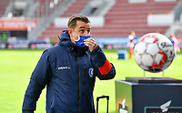 Gent's head coach Dave Mattheus pictured during a female soccer game between Zulte Waregem and the KAA Gent Ladies on the fourth matchday of the 2020 - 2021 season of Belgian Scooore Womens Super League , saturday 10 October 2020  in Waregem , Belgium . PHOTO SPORTPIX.BE | SPP | DAVID CATRY